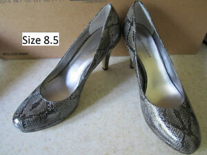 Anne Klein shoes. Size 8.5