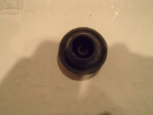 3593446 Chrysler Rubber Grommet 1962 to 94 Chrysler Products Sarnia Sarnia Area image 3