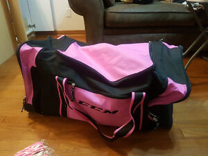 Pink Hockey bag - excellent condition