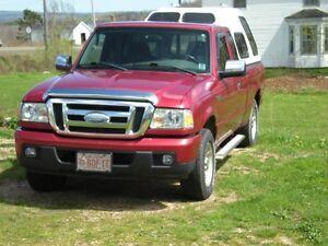 2007 Ford Ranger XLT Pickup Truck