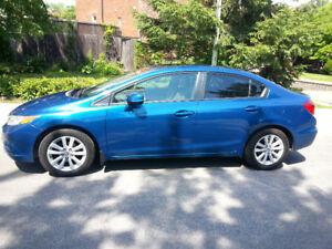 Honda Civic EX 2012, automatique, 4 portes, toit ouvrant,