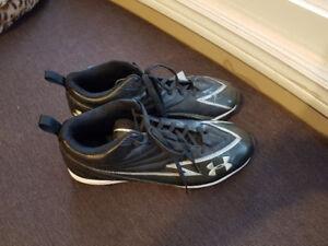 Underarmour Hammer foot ball shoe size 13