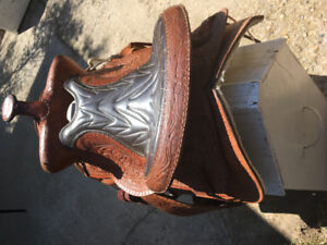 Tooled western saddle