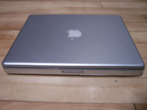 """Apple Powerbook G4 12"""" 1.5GHz 80G pour pièces ou réparation"""