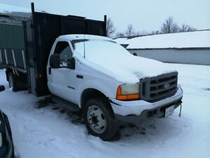 2002 Ford F-550 Pickup Truck with Flat Deck