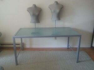 Frosted Glass Mannequin Display Table