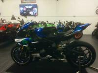 2015 Yamaha R1M 1000cc == we accept p/x / sell your bike