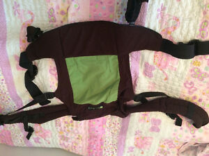 Boba baby carrier-brown and green