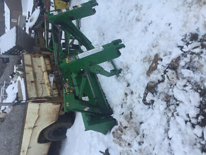 2008 2210 Deere tractor with every attachment. 600hrs
