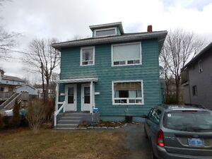 2 Bedroom Flat Heat and Water Included Upper Unit