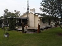 Large 7 bedroom family home on 17.62 acres NE of Melfort