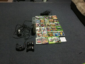 Xbox 360 with 28 games also with Kinect and 3 controllers OBO