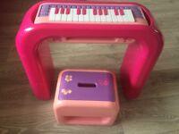 Barbie kids piano/keyboard