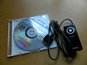 SanDisk MP3 Player with software and usb (no ear buds)