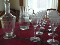 Verres gravés en cristal - Finely etched crystal glasses