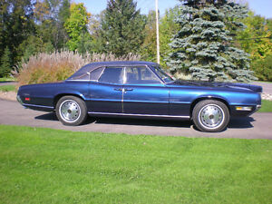 1970 Thunderbird Landau Sedan