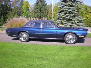 1970 Thunderbird Landau Sedan
