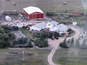 HOME ACREAGE ON 40 ACRES GORGEOUS - 20 MINUTES FROM CITY