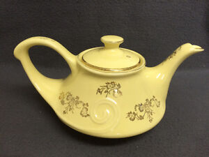 Collectible Antique Pearl China Co Lusterware Teapot London Ontario image 4