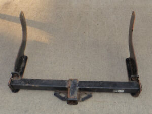 Truck trailer hitch