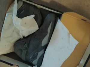 Jordan retro 8 cool grey sz 14 *DEADSTOCK*