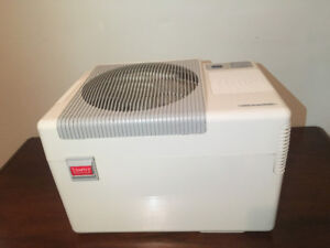 Very good condition humidifier