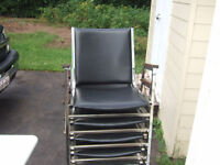 5 stacking chairs in good condition $9.50 each (all $40)