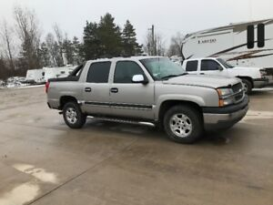 2005 Avalanche - part truck
