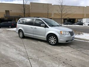 2008 Chrysler Town&Country Leather, Low km ,3/Y Warranty Availa