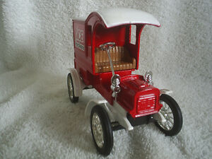 Collectable Antique – Ace Hardware Die Cast 1905 Ford Sarnia Sarnia Area image 4