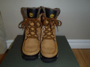 Timberland Boys Winter Boots - Size 5
