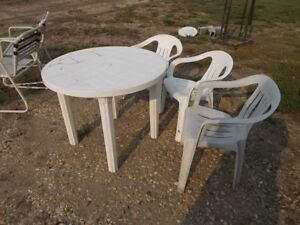 PLASTIC TABLE AND 3 CHAIRS FOR SALE