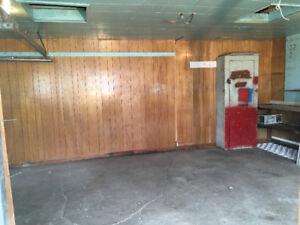 Huge Garage for Rent - Storage or Parking
