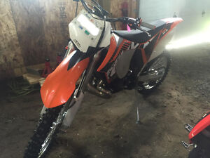 2012 KTM 200 XCW (barely used)