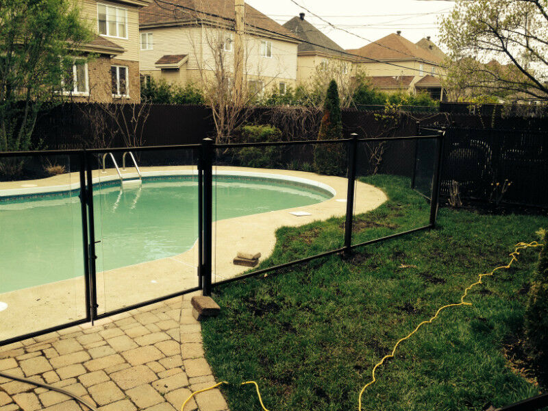cl ture piscine cl ture bois cl ture verre hybride pool fence terrasses et cl tures. Black Bedroom Furniture Sets. Home Design Ideas