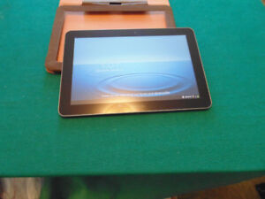 TABLETTE SAMSUNG GALAXY 10.0, WIFI + 3G(CELLULAIRE)RARE