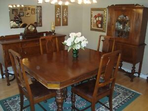 Antique Dining Room Set - Reduced!
