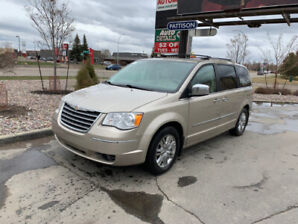 CERTIFIED CHRYSLER TOWN&COUNTRY LIMITED