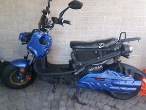 Daymak Eagle Emmo Monster Electric Ebike Scooter Motorcycle Bike
