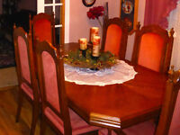 Dining Room Table and 6 Highback Chairs