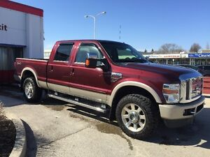 2009 Ford F-350 KING RANCH 4x4 DIESEL . SUNROOF SAFTIED!!