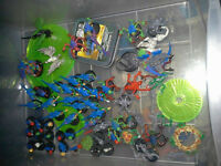 Games Workshop: Lord of the rings + Warhammer sets.