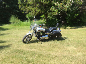 2007 Harley Davidson Dyna Low Rider + extras   -   Low KMs