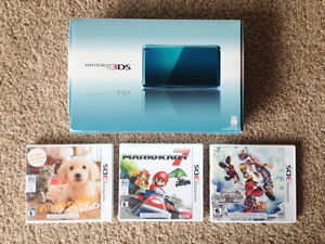Nintendo 3DS (Teal) - Lightly Used, Includes 3 Games