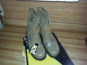 2 pairs work boots