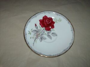 "Bone China Royal Stafford ""Roses to Remember"""