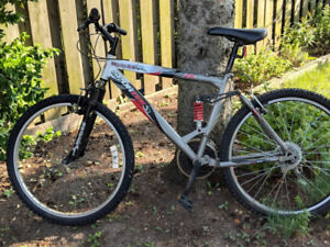 Sportek Mojo 2.6 Mountain Bike