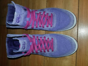 Ladies Purple NIKEs