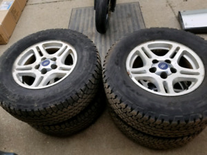 "Ford ranger 17"" rims with tires"
