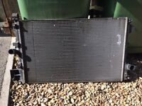 Cooling radiator for a 1.9cdti Vauxhall vectra